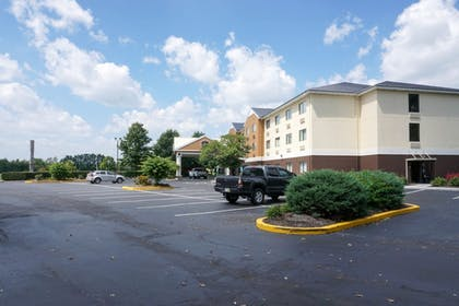 Parking | Best Western Plus Georgetown Corporate Center Hotel
