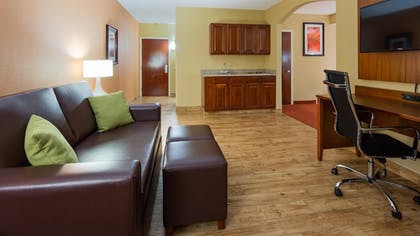 Guestroom | Best Western Plus Georgetown Corporate Center Hotel