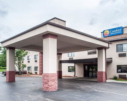 Exterior | Comfort Inn And Suites Hamburg