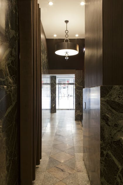 Interior Entrance | Broadway Plaza Hotel