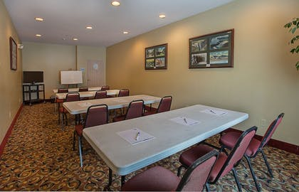 Meeting Facility | Holiday Inn Express & Suites Corbin