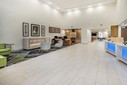 Lobby | Holiday Inn Express Hotel & Suites Louisville East