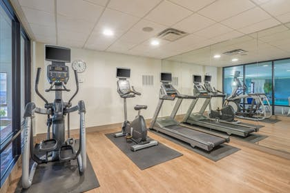 Fitness Facility | Holiday Inn Express Hotel & Suites Louisville East
