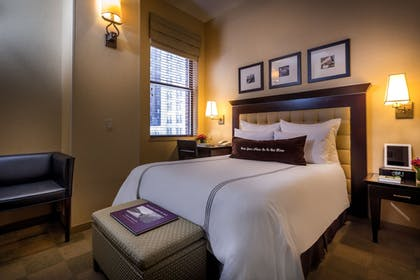 Guestroom | The Library Hotel by Library Hotel Collection