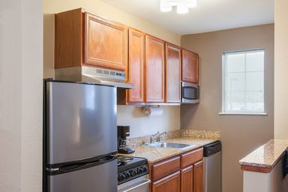 Guestroom   TownePlace Suites Houston Northwest