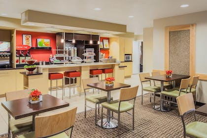 Restaurant | TownePlace Suites Houston Northwest