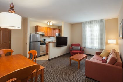 Guestroom | TownePlace Suites Houston Northwest