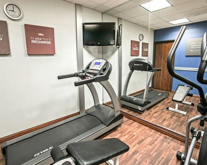 Fitness Facility | Comfort Suites Willowbrook