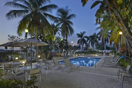 Sports Facility | Fairfield Inn And Suites By Marriott Boca Raton