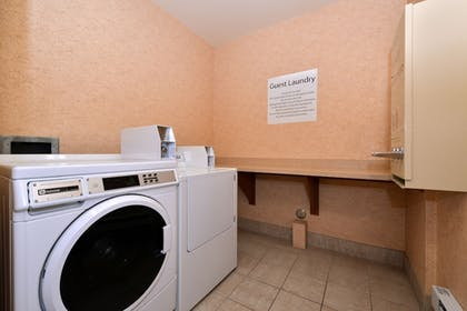 Laundry Room | Holiday Inn Express Hotel & Suites Idaho Falls