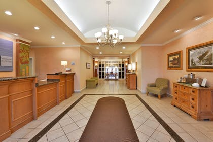 Lobby | Holiday Inn Express Hotel & Suites Idaho Falls