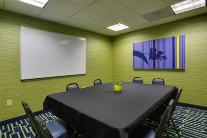 Meeting Facility | Holiday Inn Express Hotel & Suites Plant City