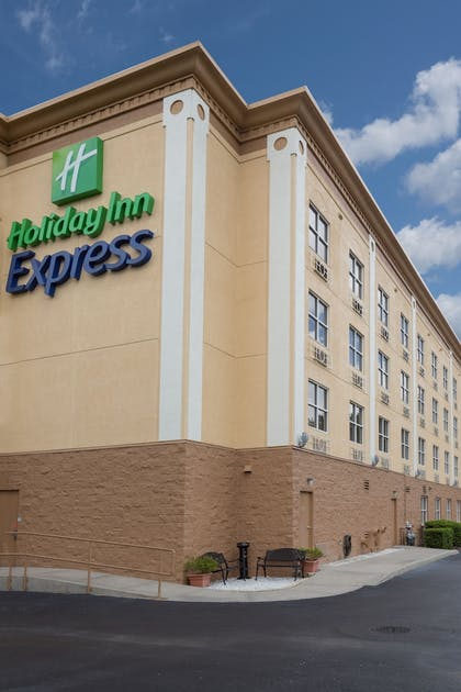 Exterior | Holiday Inn Express Hotel & Suites Plant City