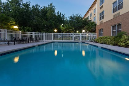 Pool | Holiday Inn Express Hotel & Suites Plant City