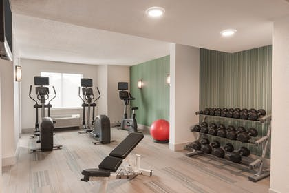 Fitness Facility   Holiday Inn Express & Suites Nearest Universal Orlando