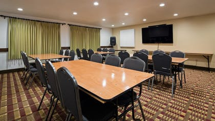 Meeting Facility | Best Western Plus Holland Inn & Suites