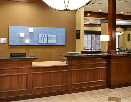 Lobby | Holiday Inn Express & Suites Detroit Downtown