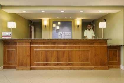 Lobby | Holiday Inn Express Hotel & Suites Kalamazoo