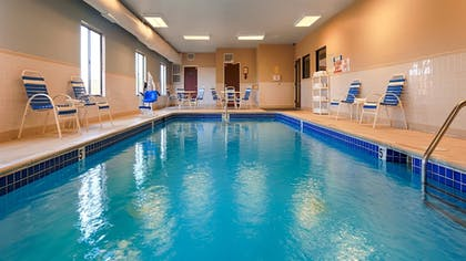 Indoor Pool | Best Western Port Huron Blue Water Bridge