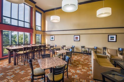Restaurant | Holiday Inn Express & Suites Wauseon
