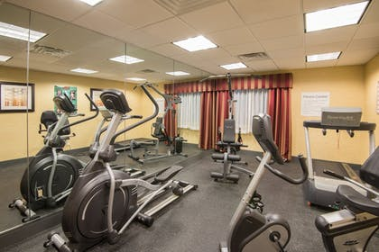 Fitness Facility | Holiday Inn Express & Suites Wauseon