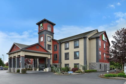 Featured Image | Holiday Inn Express Vancouver North - Salmon Creek