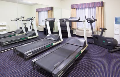 Fitness Facility | Holiday Inn Express & Suites Superior