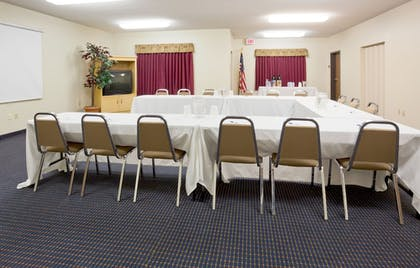 Meeting Facility | Holiday Inn Express & Suites Superior
