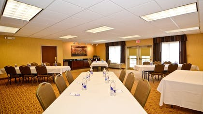 Meeting Facility | Holiday Inn Express Hotel & Suites Fort Atkinson