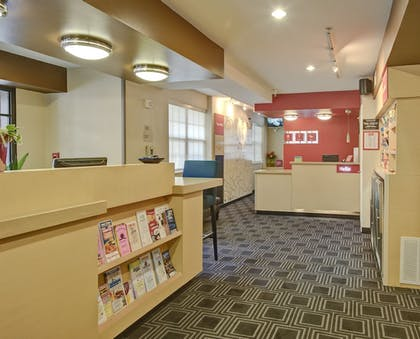 Hotel Interior | TownePlace Suites by Marriott Charlotte Univ. Research Park