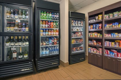 Snack Bar | SpringHill Suites by Marriott Raleigh-Durham Airport/Research Triangle