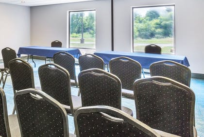 Meeting Facility | Holiday Inn Express Hotel & Suites Mt. Holly