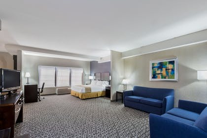 Guestroom | Holiday Inn Express Hotel & Suites Mt. Holly
