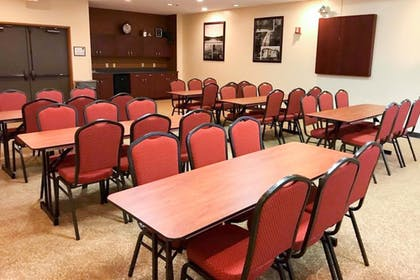 Meeting Facility | Comfort Suites near Penn State