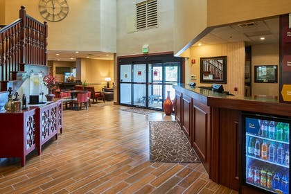 Lobby | Comfort Suites near Penn State