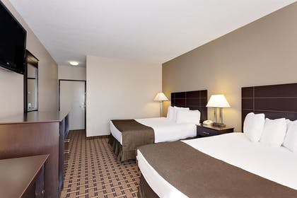 Guestroom View | Baymon Inn & Suites Iowa City-Coralville