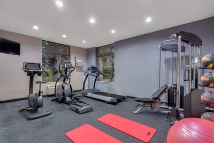 Gym | Baymon Inn & Suites Iowa City-Coralville