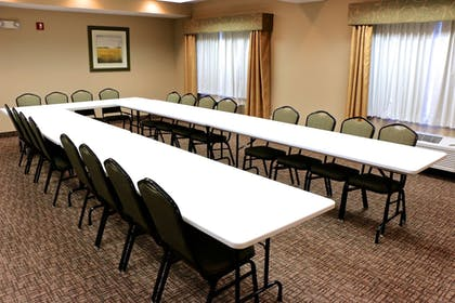 Meeting Facility | Holiday Inn Express & Suites Fort Pierre