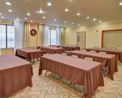 Meeting Facility | Comfort Suites Roanoke - Fort Worth North