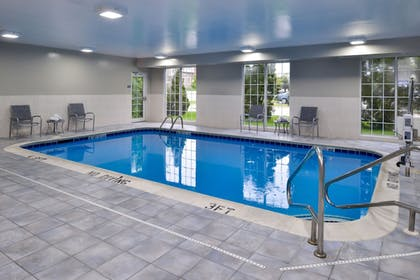 Indoor Pool   Four Points by Sheraton Mt Prospect O'Hare