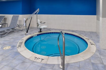 Indoor Spa Tub   Four Points by Sheraton Mt Prospect O'Hare
