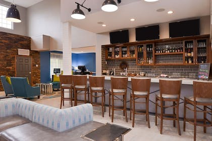 Hotel Bar   Four Points by Sheraton Mt Prospect O'Hare