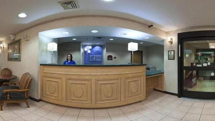 Reception | Holiday Inn Express & Suites Alliance