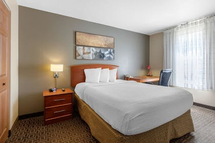 Guestroom | Suburban Extended Stay Hotel Birmingham Homewood I-65