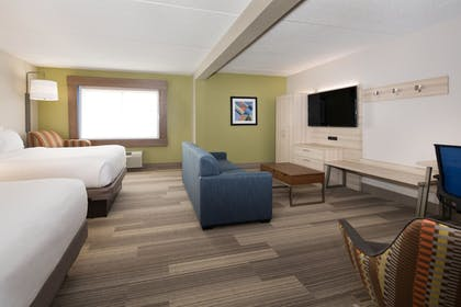 Room | Holiday Inn Express Louisville Northeast