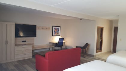 Guestroom | Holiday Inn Express Louisville Northeast