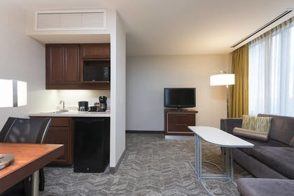 Guestroom | SpringHill Suites Chicago O'Hare by Marriott