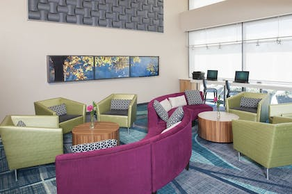 Lobby Sitting Area | SpringHill Suites Chicago O'Hare by Marriott