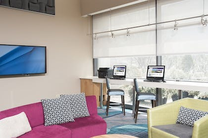 Business Center | SpringHill Suites Chicago O'Hare by Marriott