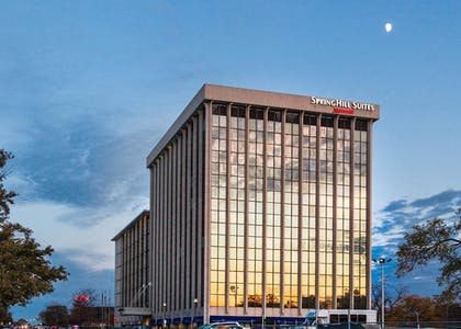 Hotel Front - Evening/Night | SpringHill Suites Chicago O'Hare by Marriott